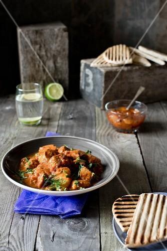 Chicken tikka (chicken curry, India)