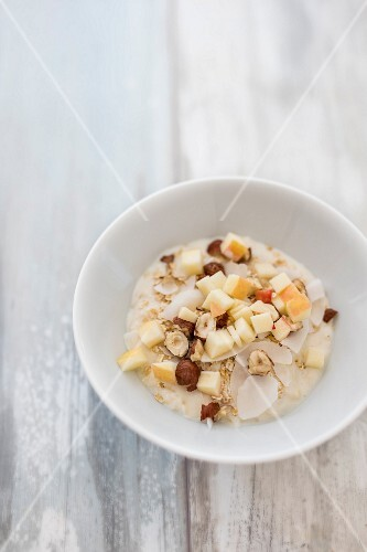 Bircher muesli with apple