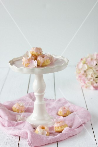 Mini Bundt cakes with pink icing