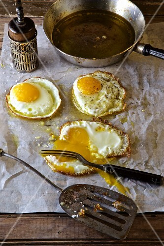 Eggs fried in olive oil