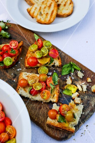 Bruschetta with cherry tomatoes and basil