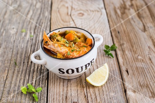Prawn & vegetable soup