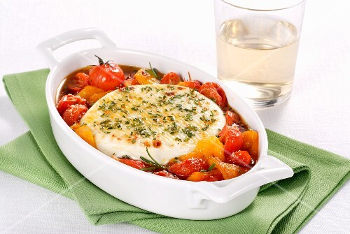 Primosale al forno (oven-baked sheep's cheese with vegetables, Italy)