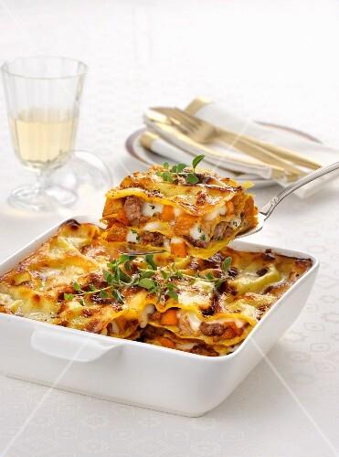 Lasagne con carne e zucca (Nudelauflauf mit Fleisch & Kürbis, Italien)