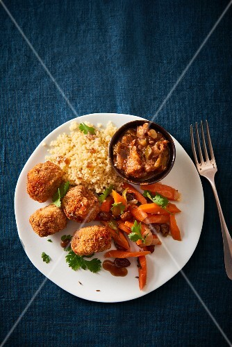 Falafel with aubergine mousse and couscous (seen from above)