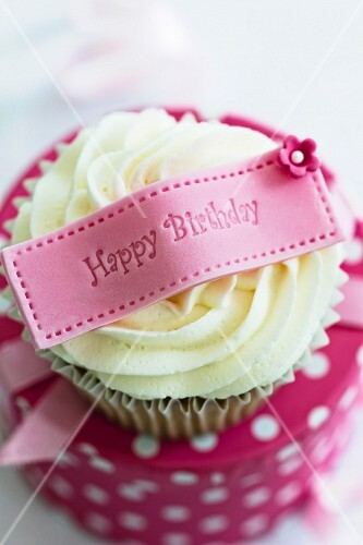 Cupcake with a happy birthday message
