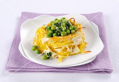 Nidi si tagliolini con fonduta (an Italian pasta nest with cheese sauce)