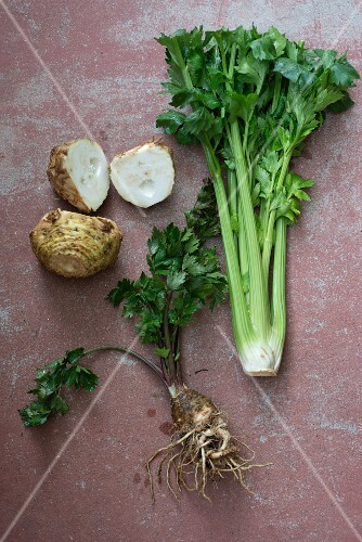 Celeriac, leaf celery and celery