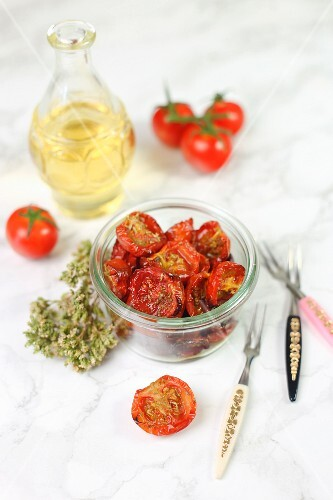 Tomatenconfit im Glas