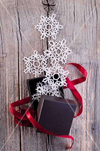 Lace snowflake decorations