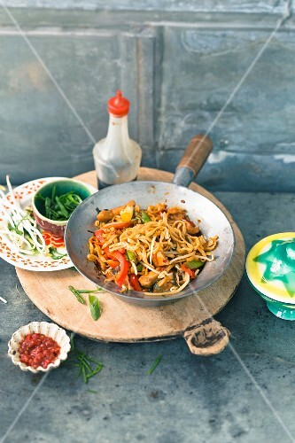 Mie Goreng with chicken and beansprouts (Indonesia)