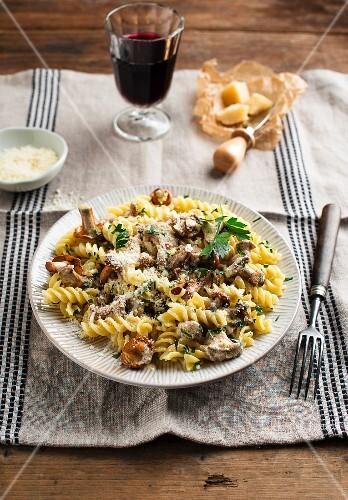 Fusilli with creamy mushroom sauce