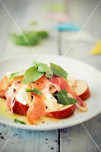 Mozzarella & peach salad with Parma ham