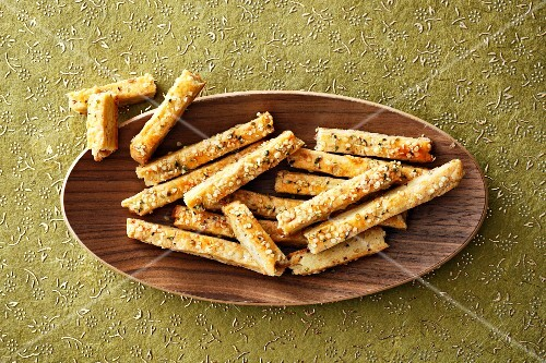 Savoury shortbread sticks with sesame seeds and rosemary
