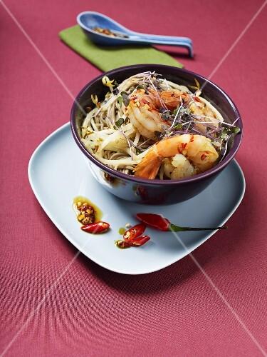 Soba noodles with prawns