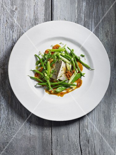 Whitefish with beans and peas