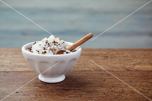 Pepper and apricot salt in a bowl