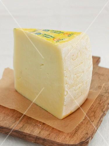 Asagio (Italian sheep's cheese)