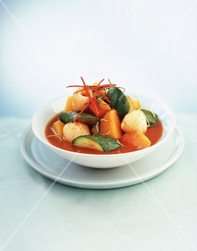 Asian vegetable ragout with chilli peppers