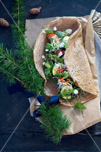 A wholemeal tortilla with vegetables