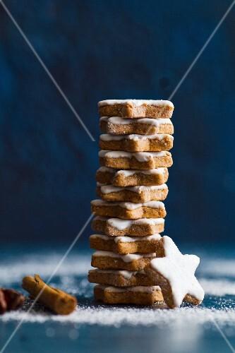 Christmas cookies with cinnamon