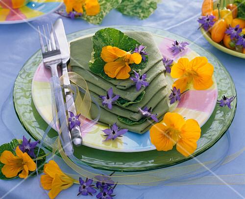 Summer, napkin decoration, nasturtium, edible flowers