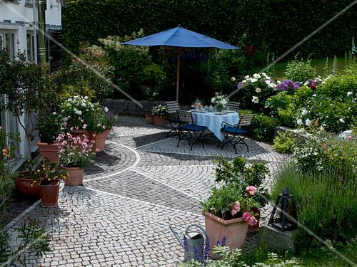 Sternformig Gepflasterte Terrasse Mit Bild Kaufen 12156942