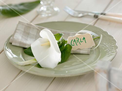 Weisse Tischdeko Aus Zantedeschia Bild Kaufen 12162204