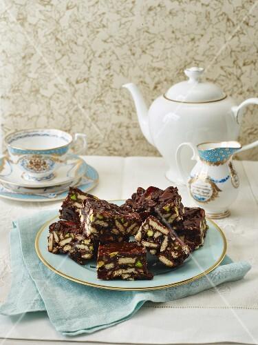 Rich Tea Chocolate Fridge Cake