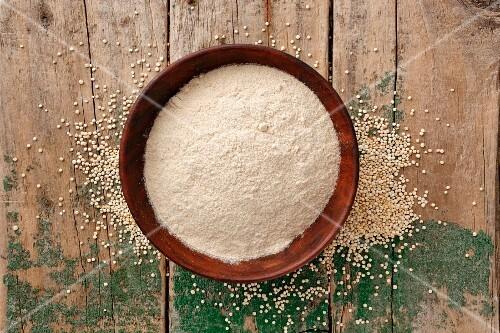 Amaranth flour in a wooden bowl