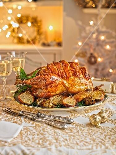 Gebratener Truthahn mit Pancetta zu Weihnachten