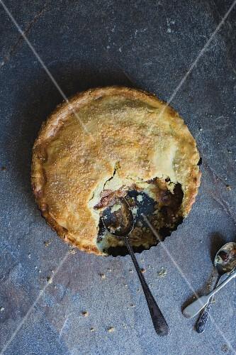 Apple Pie with sultanas and cinnamon