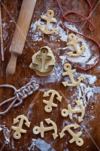 Anchor-shaped ginger butter cookies (unbaked)