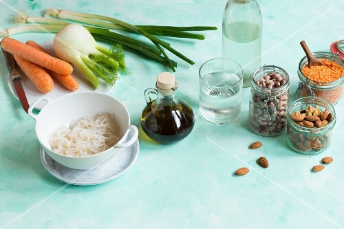 Ingredients for low-carb Shirataki noodle dishes