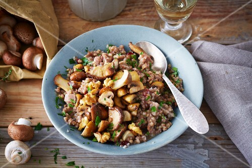 Vegan buckwheat risotto with cranberries and mushrooms (soya-free)