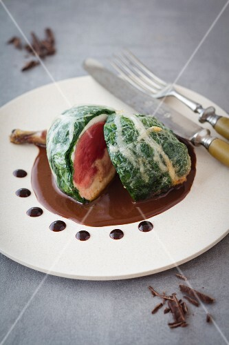 Pigeon roulade with a spinach coating