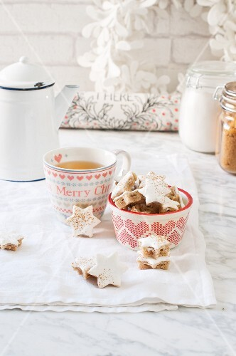 Cinnamon stars served with a cup of tea