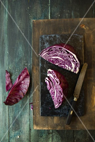 Chopped red cabbage on a chopping board