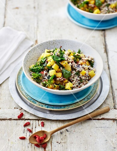 Quinoa risotto with turnip and kale
