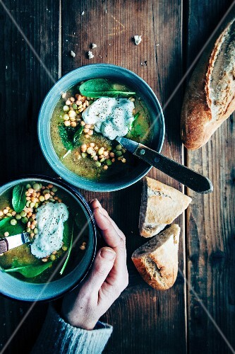 lentill soup, green and red lentills, greek yoghurt, spinach, bread