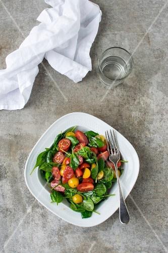 Baby Spinach Cherry Tomato Salad
