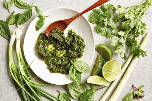 Asia pesto with coriander and Thai basil (seen from above)
