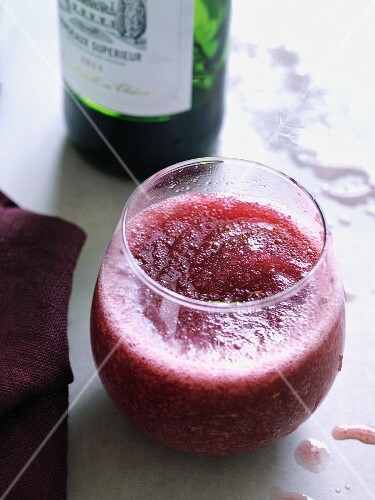 Frozen sangria with red berries