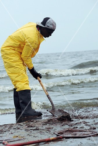 Gulf of Mexico oil spill clean-up,2010