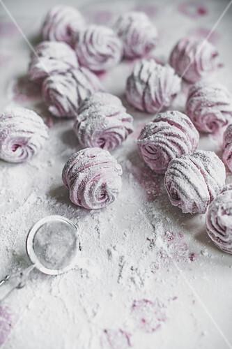 Zefir with powdered sugar