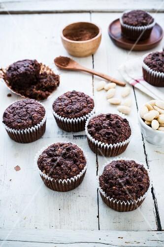 Chocolate and almond muffins (paleo)