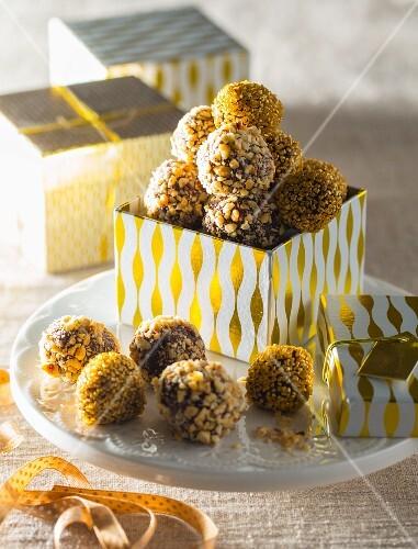 Chocolate truffles for gifting (Christmas)