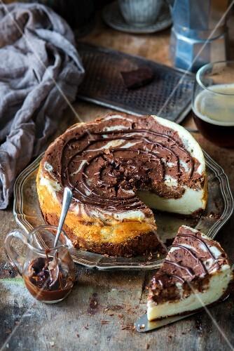 Chocolate marble cheesecake