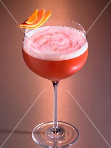 A strawberry daiquiri in a glass