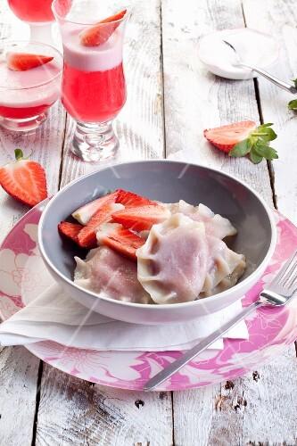 Sweet ravioli with strawberries